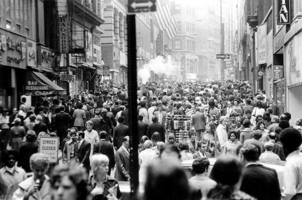 crowds-walking-the-street1